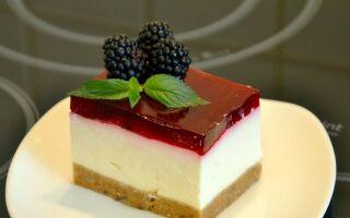 Творожно клубничный десерт с желатином