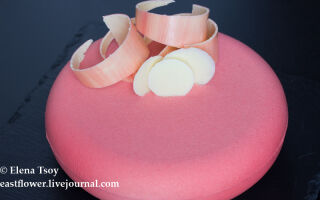 Торт клубника розмарин лайм