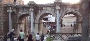 Римский памятник в Анталии