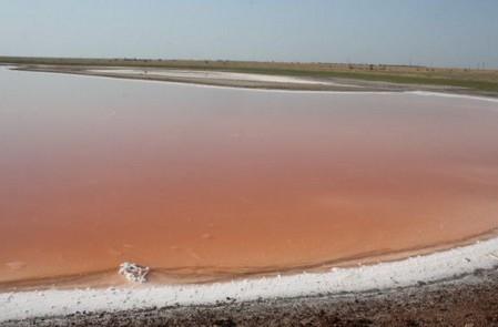 Соленое озеро Сиваш